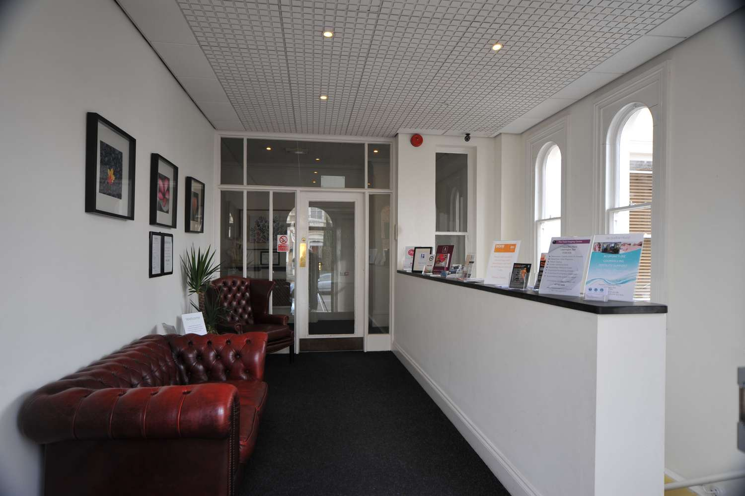 serviced office reception 2